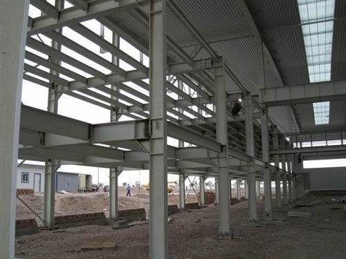 钢结构厂房中有哪些?其工程质量如何控制?